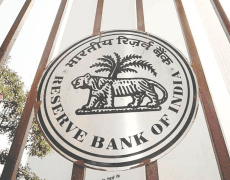 Protests Led RBI to Raise Bank's Withdrawal Limit - Bitcoin News