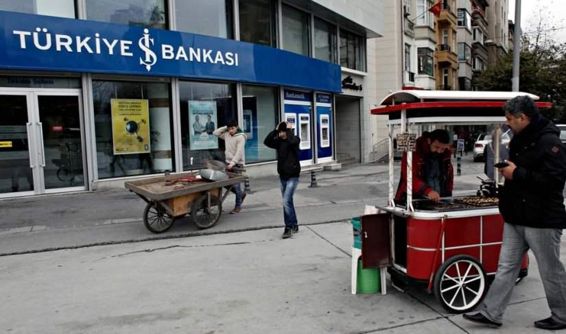 """El gobierno turco congela más de 3 millones de cuentas bancarias """"width ="""" 1000 """"height ="""" 591 """"srcset ="""" https://i0.wp.com/news.bitcoin.com/wp-content/uploads/2019/10/shutterstock_1127513345.jpg?w=825&ssl=1 1000w, https: / /news.bitcoin.com/wp-content/uploads/2019/10/shutterstock_1127513345-300x177.jpg 300w, https://news.bitcoin.com/wp-content/uploads/2019/10/shutterstock_1127513345-768x454.jpg 768w , https://news.bitcoin.com/wp-content/uploads/2019/10/shutterstock_1127513345-696x411.jpg 696w, https://news.bitcoin.com/wp-content/uploads/2019/10/shutterstock_1127513345- 711x420.jpg 711w """"tamaños ="""" (ancho máximo: 1000px) 100vw, 1000px"""