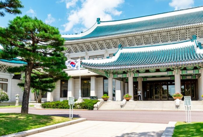 Korean Presidential Committee Pushes Government to Legalize Crypto