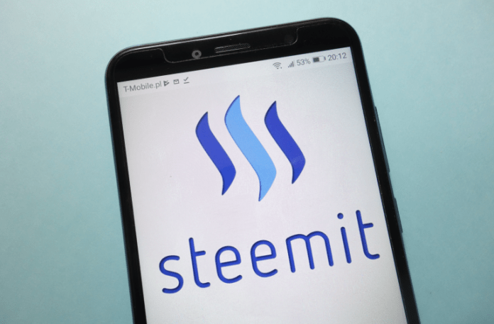 Steemit for Sale: Popular Crypto Blogging Platform Sold by Former CEO to Tron, Community Reacts