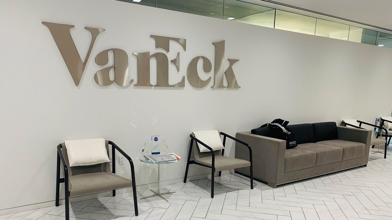 Asset Manager Vaneck Launches Physically-Backed Bitcoin Exchange-Traded Note