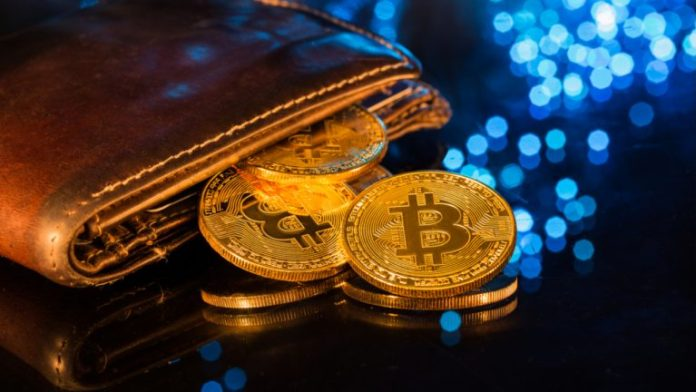 Crypto User Loses Over $100K in Bitcoin While Transferring His Wallet