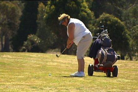 Amateur golf player