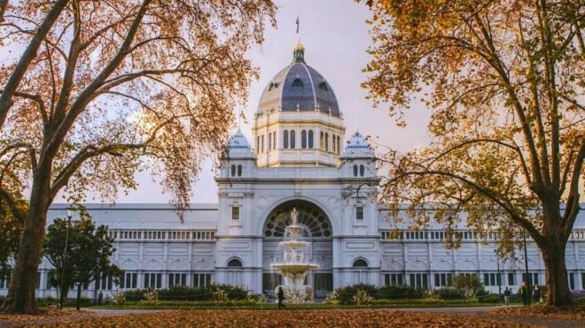 royal-exhibition-building-autumn_mel_r_credit-roberto-seba_1413882_1900x600