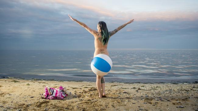 玩翻夏天:盤點墨爾本那些激情的裸泳海灘-澳洲唐人街