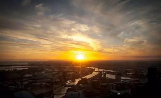 拉着他/她的手,我们一起去看墨尔本最漂亮的日出日落吧!