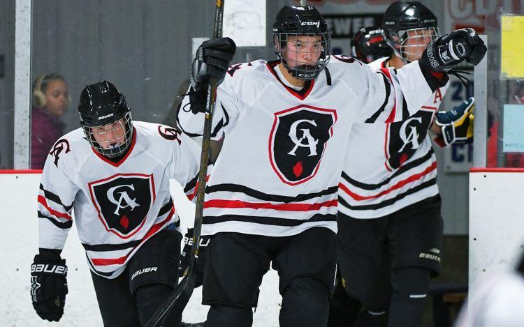 Ice Hockey team takes the ice