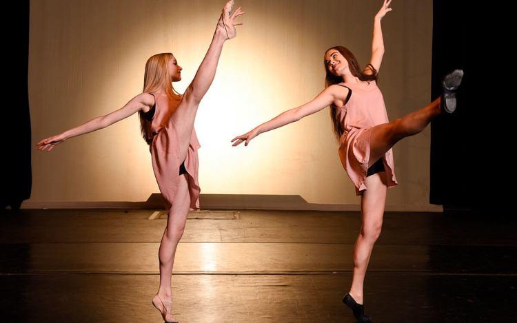CA dancer perform at spring concert
