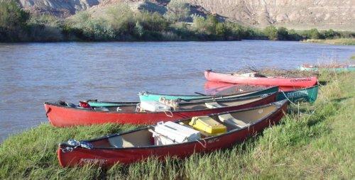 Canoe the Gunnison