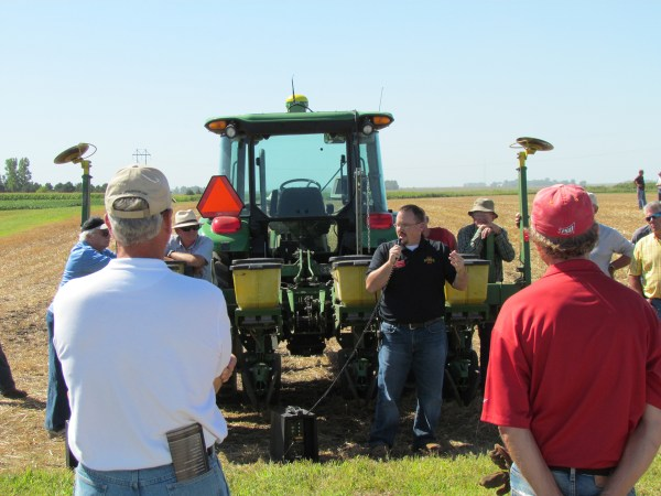 Iowa Learning Farms And Isu Extension Host Field Day