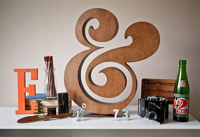 Premium Wood Ampersand by Ugmonk