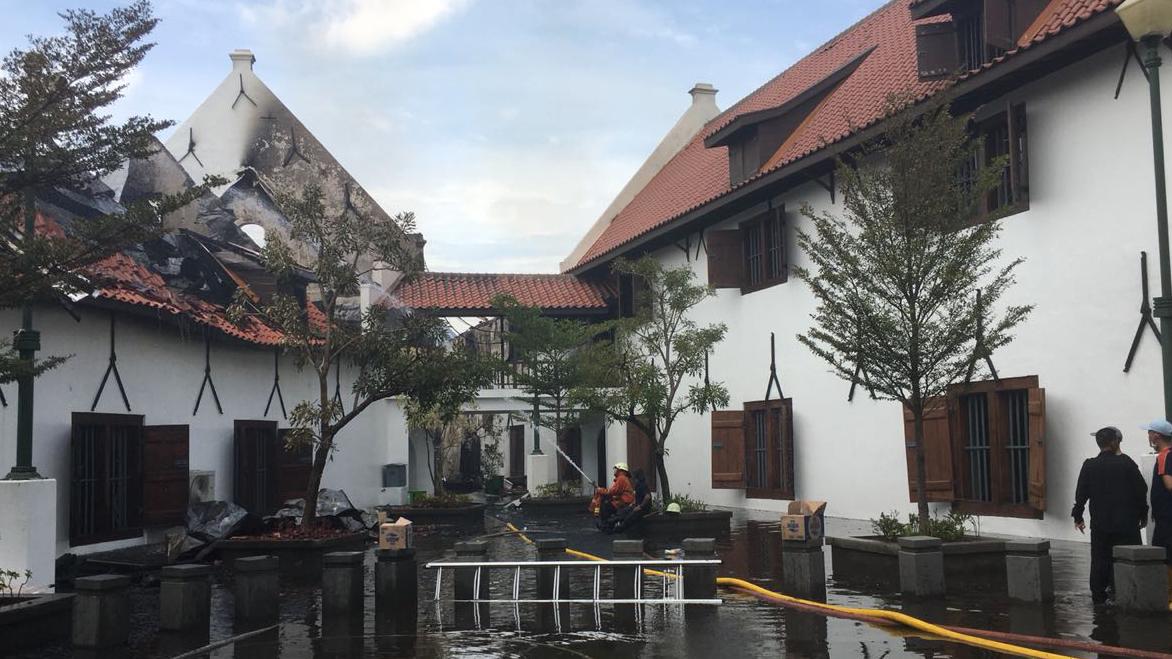 Museum Bahari di kawasan kota tua Jakarta terbakar  BBC