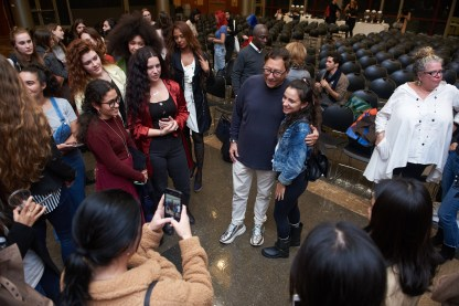 Stuart Weitzman talks to FIT students in the Great Hall.