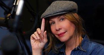 Portrait photo of Fordham Theatre alumna Ilana Levine, host of the podcast Little Known Facts