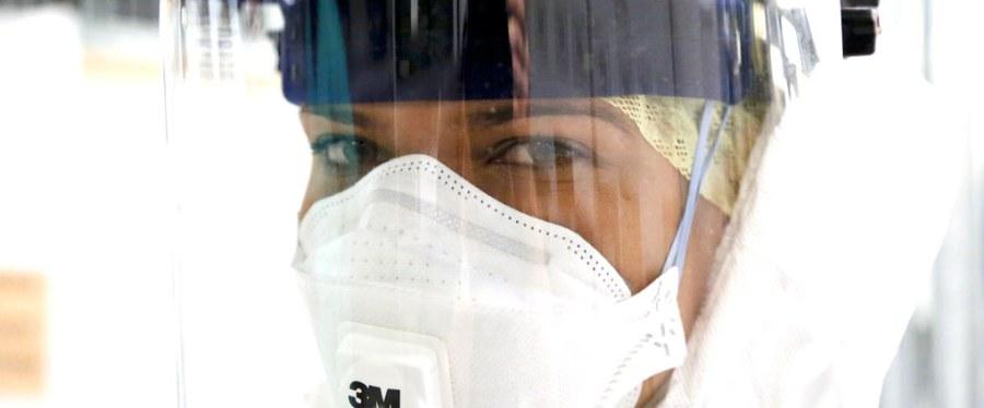 Enfermeras del Servicio Nacional de Salud del Reino Unido en Sierra Leona durante un brote de ébola. Simon Davis, DFID