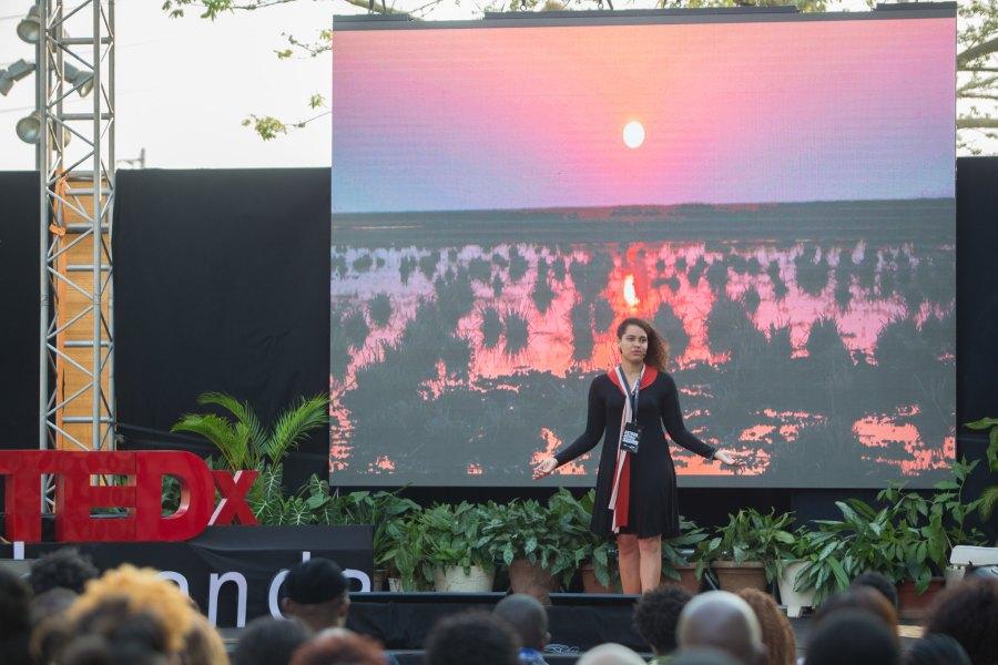 Adjany Costa speaks at Ted x Luanda. Njoi Fontes, Flickr