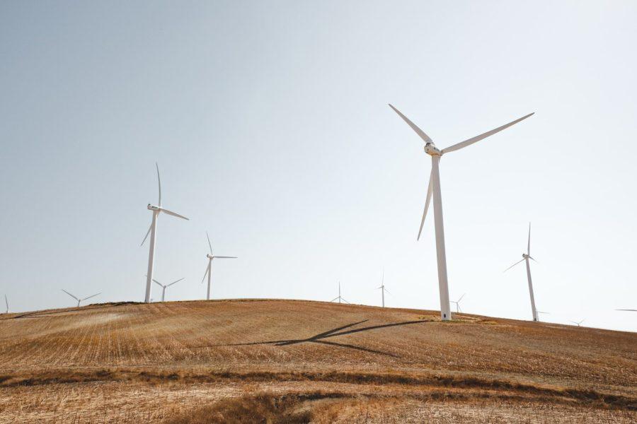 Le financement climatique peut être utilisé pour soutenir les infrastructures d'énergie renouvelable.  Luca Bravo, Unsplash