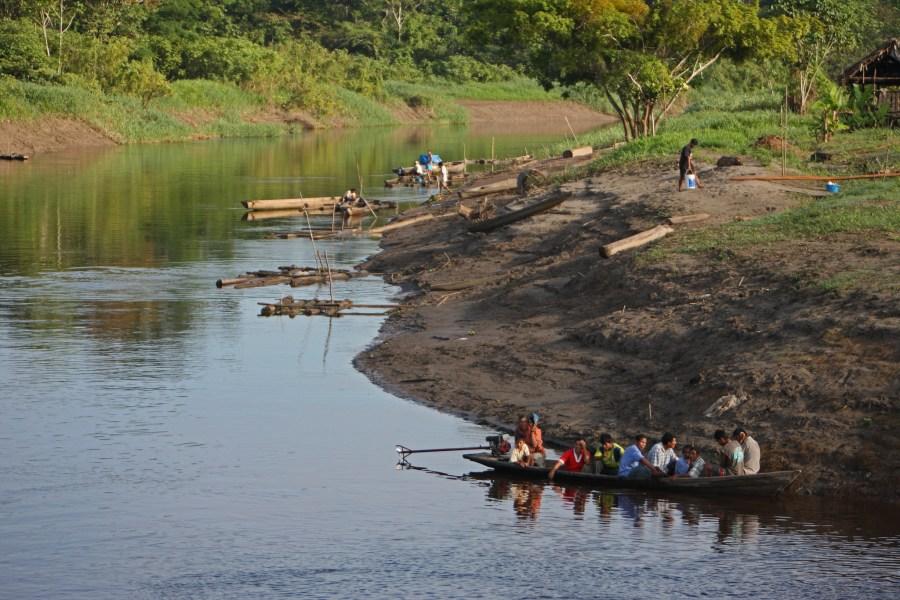 Village life on the Marañón River. Cliff Hellis, Flickr