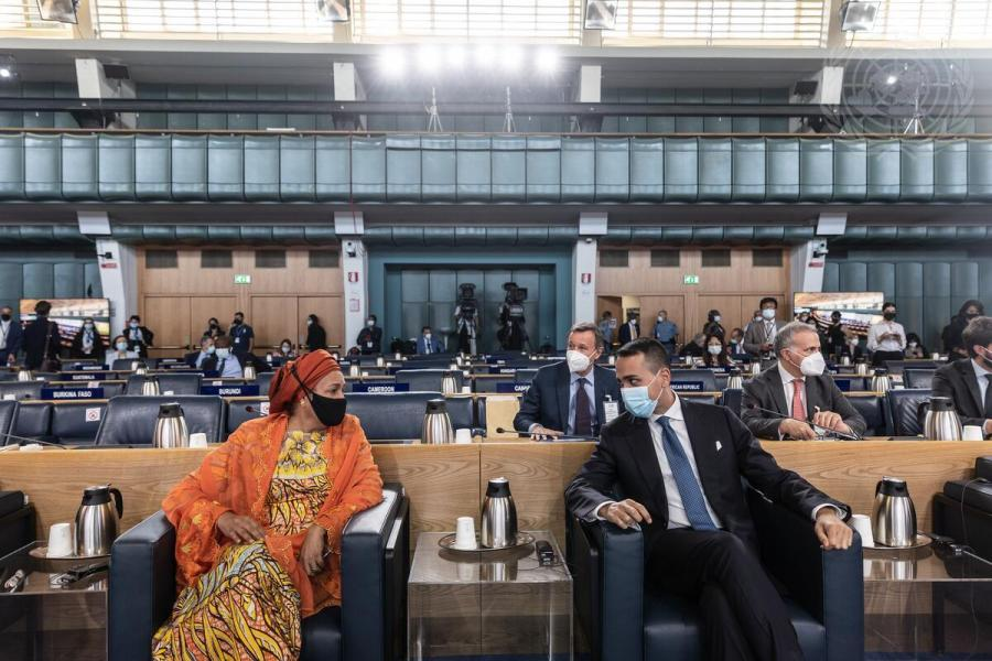 Deputy secretary-general Amina Mohammed and Luigi Di Maio, minister of Foreign Affairs of Italy, hold a closing press conference during the pre-summit. UN Photo