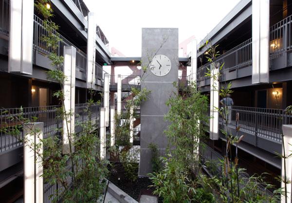 Sierra Bonita - courtyard