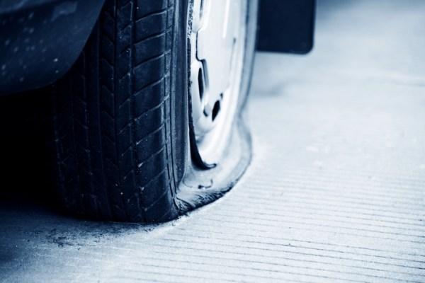 flat tire unstuck from snow