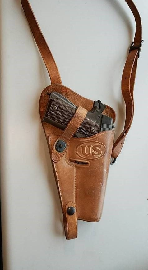 Remington Rand M1911A1 (4)
