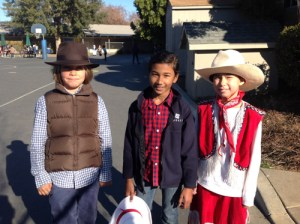Grade 3 Students Attend School in Historic Fashion on Dress for History Day