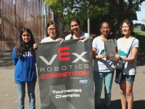 Kudos: Chess Whiz Takes Team to Playoffs; MS Robotics Teams Going to VEX Worlds