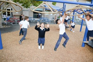 Lower School Families Unite at Back-to-School Barbecues