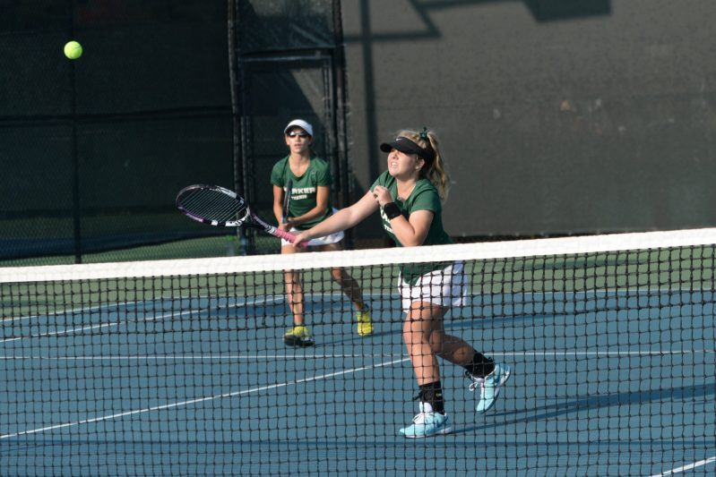 Girls Tennis and Cross Country Continue Quest for the Championship