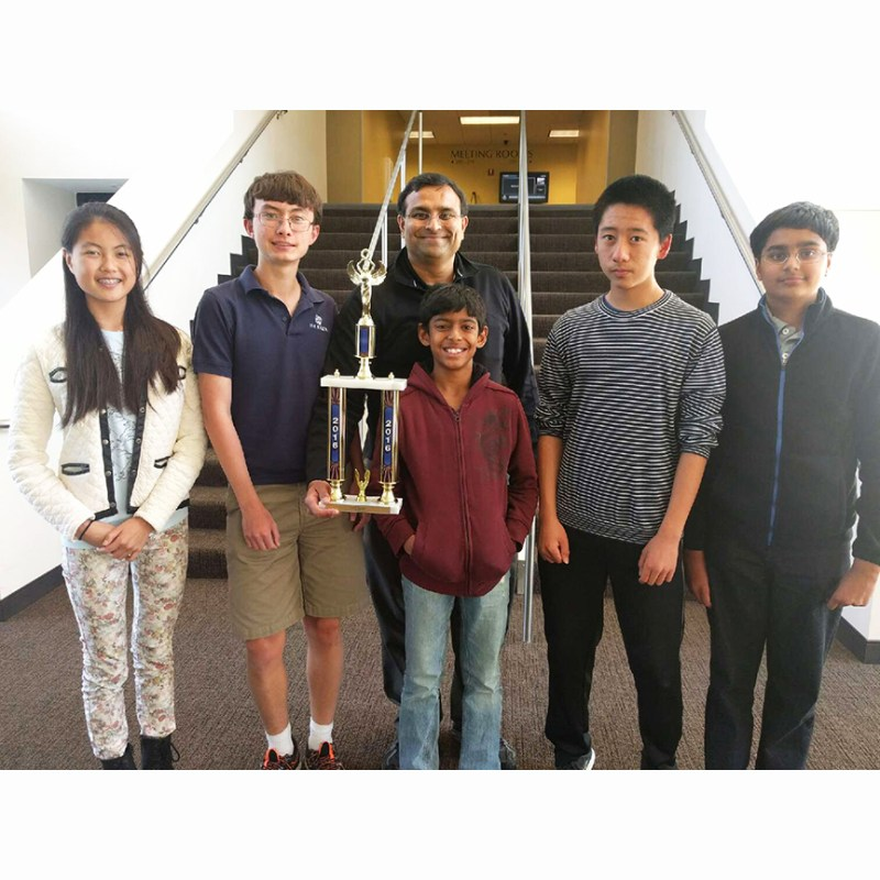 Middle School Quiz Bowl Team Has Great Outing, Takes Fifth at Nationals