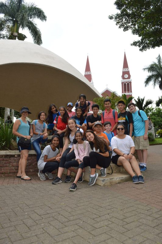 Students trek through Costa Rica during annual summer trip