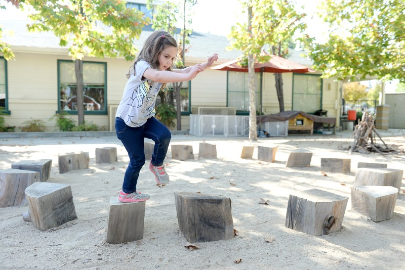 Experts advocate 'risky play' for children