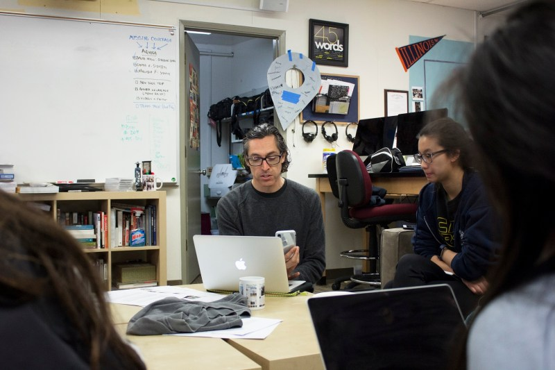 Filmmaking educator Michael Hernandez gives weekend workshop to journalism students