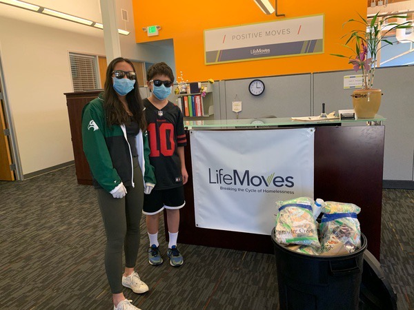 Upper school students produce 640 masks for local homeless population