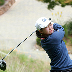 Zhu '18 with another strong golf finish