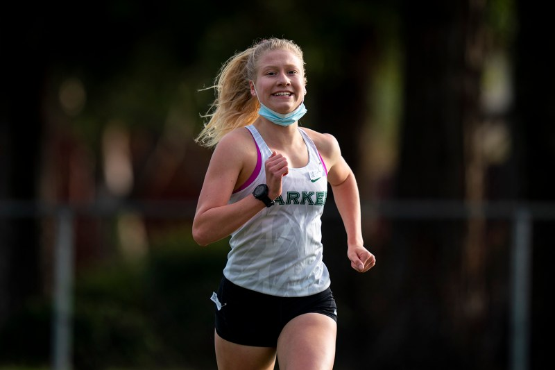 Girls tennis snaps 24-year streak, cross country clinches top 5