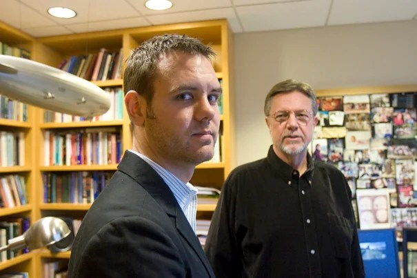 """Kurt Gray (left), a graduate student in psychology, and Daniel M. Wegner, professor of psychology, both in Harvard's Faculty of Arts and Sciences, conducted the research on torture. """"Our research suggests that torture may not uncover guilt so much as lead to its perception,"""" said Gray"""