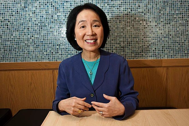 """""""A lot of us know that we should be eating healthily and exercising to maintain our well-being, but somehow we cannot sustain our effort,"""" said Lilian Cheung, a nutritionist at the Harvard School of Public Health. """"To control our weight, we also need to first understand who we are, how and why we arrive at this circumstance, and how we relate to food. Buddhist teachings on mindfulness help us better understand our true nature: our body, our feelings, our mind, and all that is around us."""""""