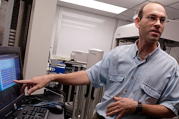 """""""Imagine if you could interrogate the bacteria,"""" said Harvard Medical School Professor Roy Kishony, principal investigator on the study. """"You would ask, 'What do you find most challenging in the human body?'"""" Kishony was one of the researchers who retraced the evolution of an unusual bacterial infection as it spread among cystic fibrosis patients by sequencing scores of samples collected during the outbreak, since contained."""