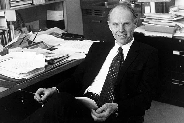 Professor Roger D. Fisher in his Harvard Law School (HLS) office. Fisher was a professor at HLS for more than four decades. A pioneer in the field of international law and negotiation, he was the co-founder of the Harvard Negotiation Project.