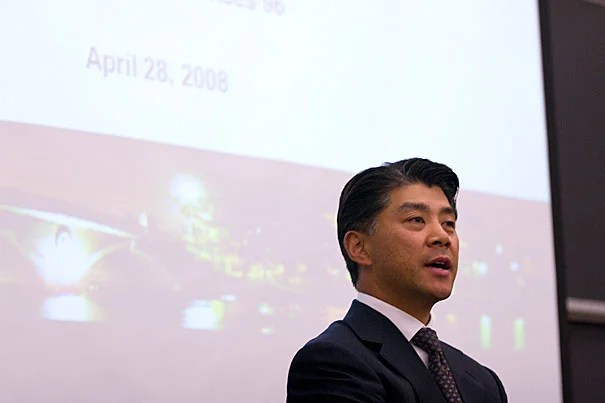 With some predicting the demise of the smartphone, Professor Woodward Yang spoke to the Gazette about near and far prospects in personal tech.