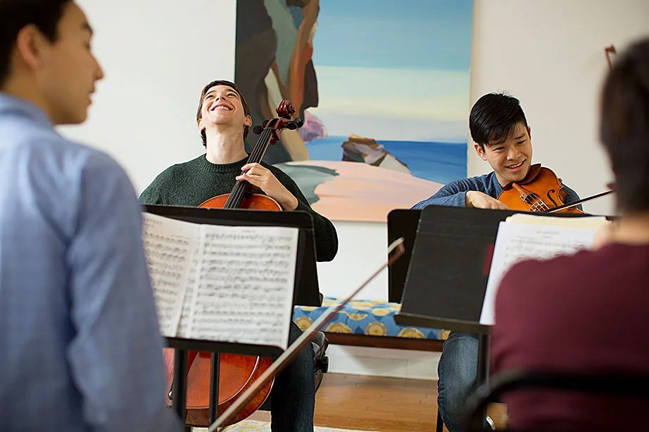 Sascha Bercovitch and Jiho Kang rehearse with the Quad Quartet.