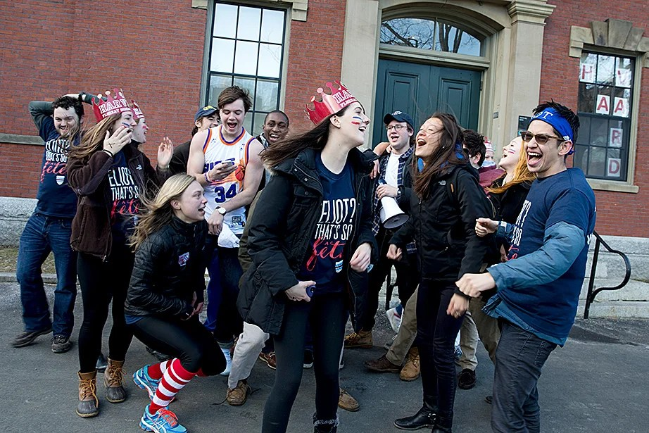 Eliot House upperclassmen greet a group of freshmen who will reside in Eliot next year. Rose Lincoln/Harvard Staff Photographer