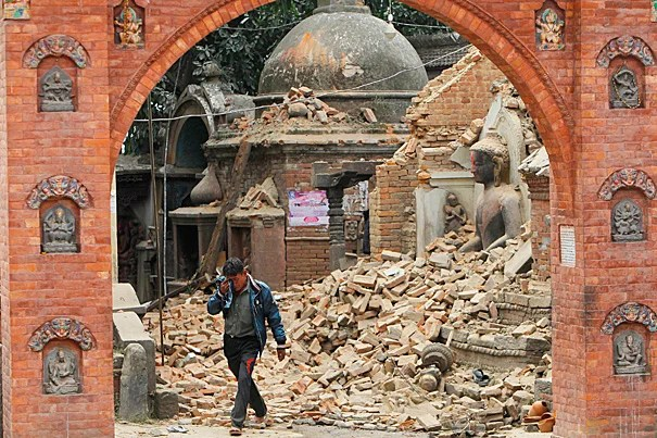 With Nepal struggling to grasp the enormous calamity caused by the magnitude 7.8 earthquake that struck north of Kathmandu Saturday, Harvard is mobilizing to help with technical and medical assistance and reaching out to faculty, staff, and students visiting the region. On Sunday, a Nepalese man cries as he walks through the earthquake debris in Bhaktapur.