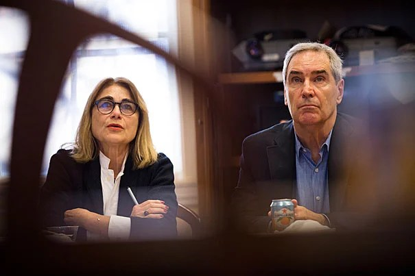 Jacqueline Bhabha, a professor of the practice of health and human rights at the Harvard T.H. Chan School of Public Health, and Michael Ignatieff, the Edward R. Murrow Professor of Practice at the Kennedy School, discussed the refugee crisis in an event sponsored by the Mahindra Humanities Center.