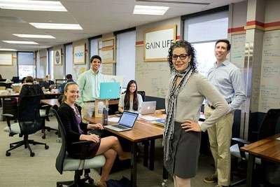 Madeline Meehan (foreground) lost 30 pounds using the PowerUp program offered by the Harvard Launch Lab startup Gain Life, whose team members include  Julia Lennon (from left), Ian Richardson, Madeleine Propster, and Sean Eldridge.