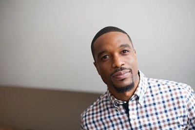 """Laurence Ralph has used his time as a Radcliffe Fellow to study police violence and race in Chicago. """"I wanted to examine the contradiction between the fact that the police are supposed to safeguard citizens and yet they're contributing to an alarming number of violent deaths,"""" he says."""