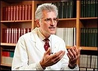 Dr. Charles Czeisler October 21, 1998 Photo by Rose Lincoln, Harvard News Service 13176 # 2
