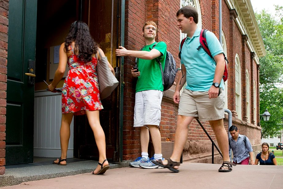 "Students file into Harvard Hall for classes during ""shopping period"" at Harvard University. Rose Lincoln/Harvard Staff Photographer"